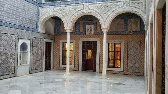 拜拉姆宮殿酒店