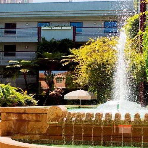 쿠퍼티노 호텔