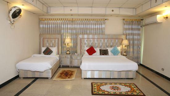 Apex Inn Guest House