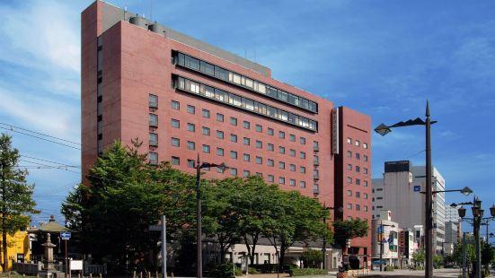 富山曼藤酒店