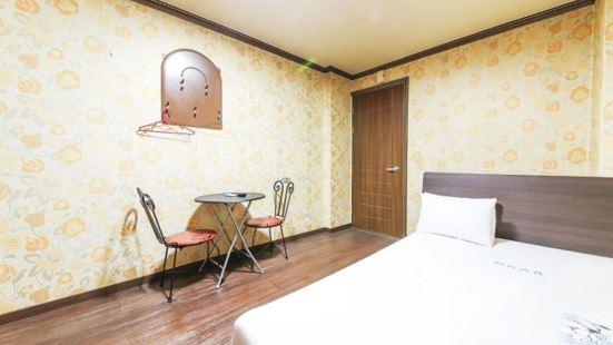 Sangmu Motel Gwangju