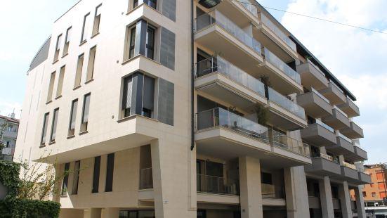 索爾馬尼霍姆公寓
