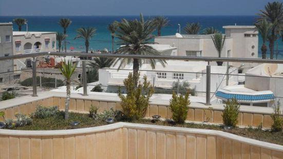馬赫迪耶精彩海景設備完善露台無網上網 4 居公寓酒店 - 離海灘 500 米