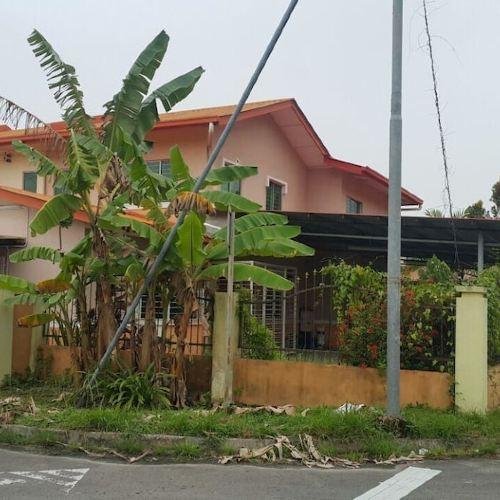 D'Hartamas Guesthouse