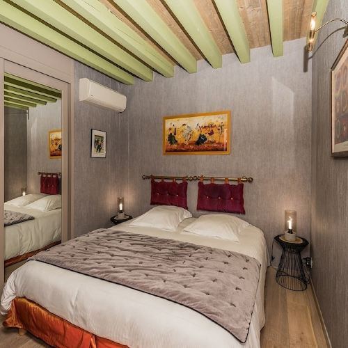 拉克羅瑟裏馬羅特斯 3 號酒店