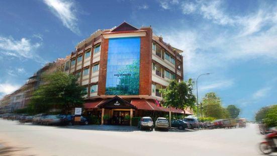 Almond Hotel Sothearos Phnom Penh