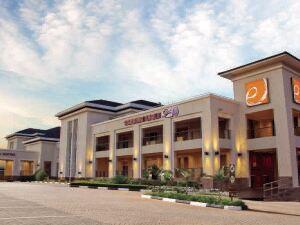 埃卡酒店(Eka Hotel)