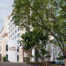 欽奈羽毛拉達酒店(Feathers - A Radha Hotel Chennai)