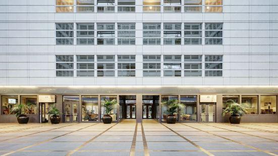 柏林曼陀羅套房酒店