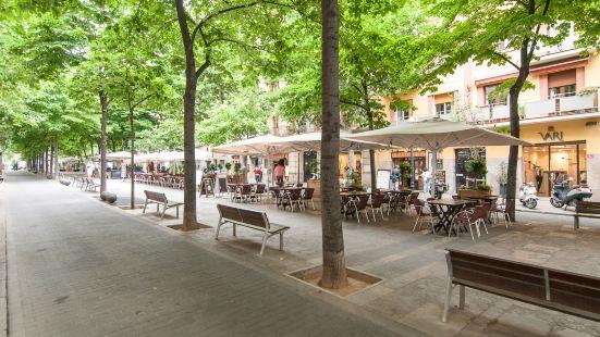 Bbarcelona Apartments Gaudi Avenue Flats