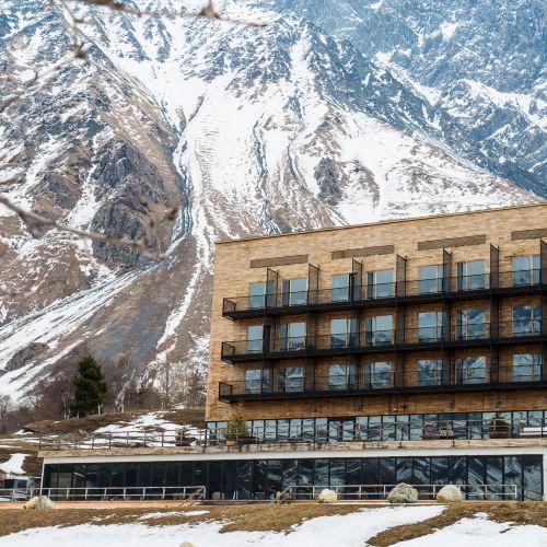 卡茲別吉客房酒店