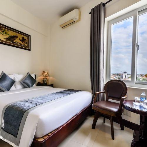 크라운 호텔