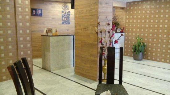Al-Houriat Hotel