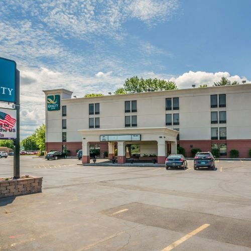 Country Inn & Suites by Radisson, Syracuse North Airport, NY