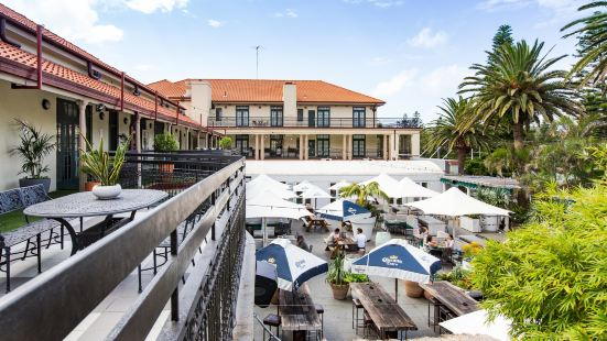 Coogee Bay Hotel Sydney