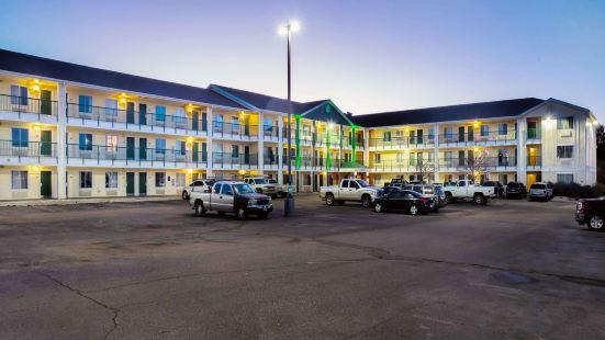 科羅拉多斯普林斯機場霍姆湯開放式公寓酒店