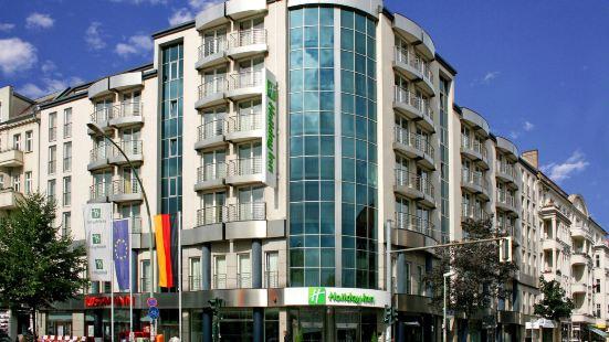 柏林市中心東普倫茨勞貝格假日酒店