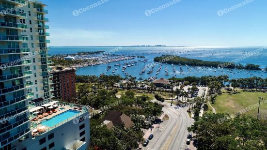 ICoconutGrove- Luxurious Vacation Rentals in Coconut Grove