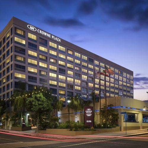 Crowne Plaza Hotel Los Angeles Harbor