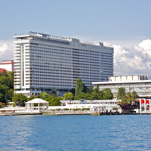 Zhemchuzhina Grand Hotel
