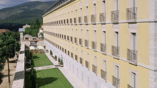 西班牙古堡酒店 — 聖伊爾德拉格蘭哈