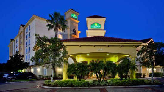 奧蘭多自行駕駛中心拉昆塔套房酒店