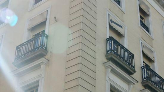 奧馬德里索爾公寓
