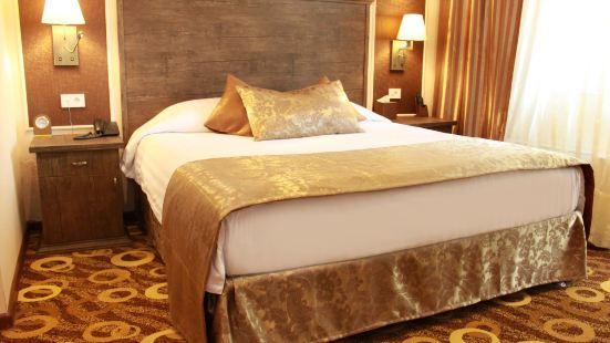 埃裏温皇宮酒店