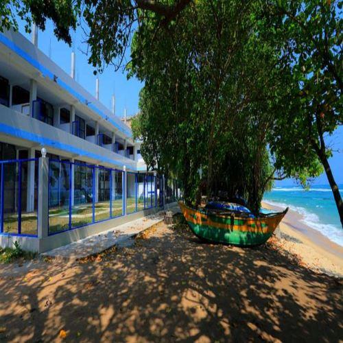 天堂海灘度假村