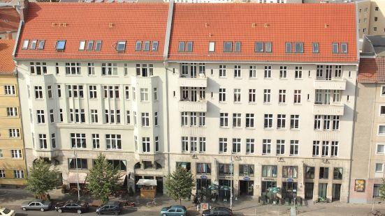 St Christopher's Berlin Alexanderplatz