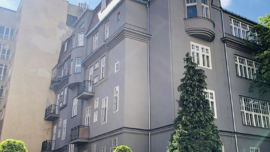 多布羅比特公寓酒店