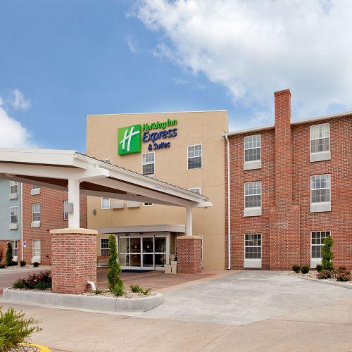 北堪薩斯城智選假日酒店及套房
