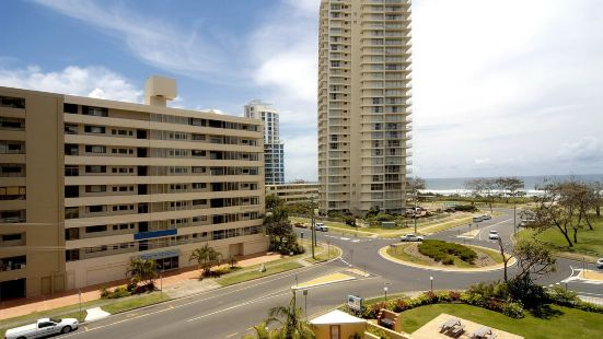 Hi Ho Beach Apartments on Broadbeach Gold Coast