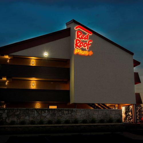 Red Roof Inn Plus+ Chicago - Naperville