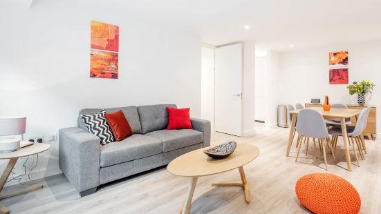 Lcs New Compton Apartments