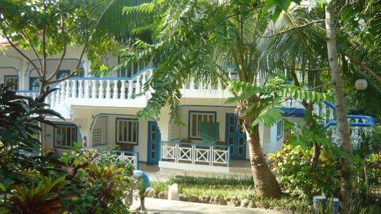 Mangrove Oriental Bed & Breakfast Resort