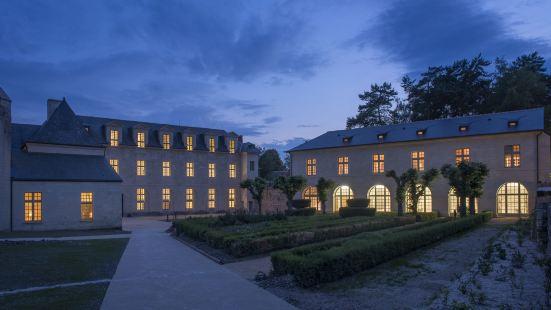 フォンテヴロー ホテル