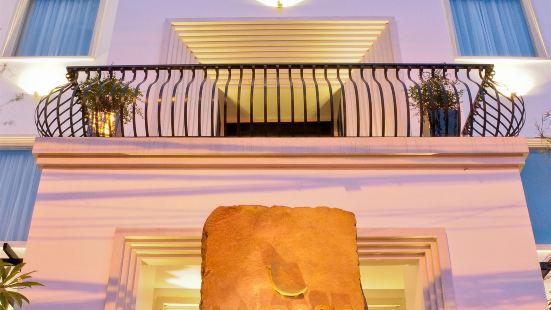 金邊玫瑰精品水療酒店