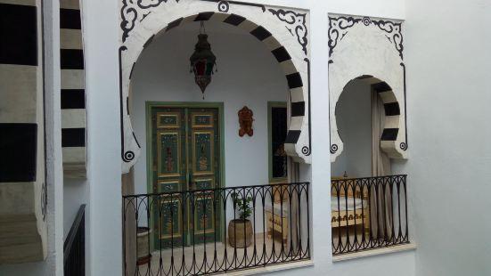 天井庭院旅館