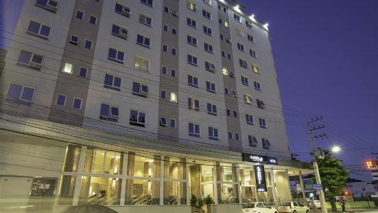 布盧梅瑙斯洛若伊森酒店