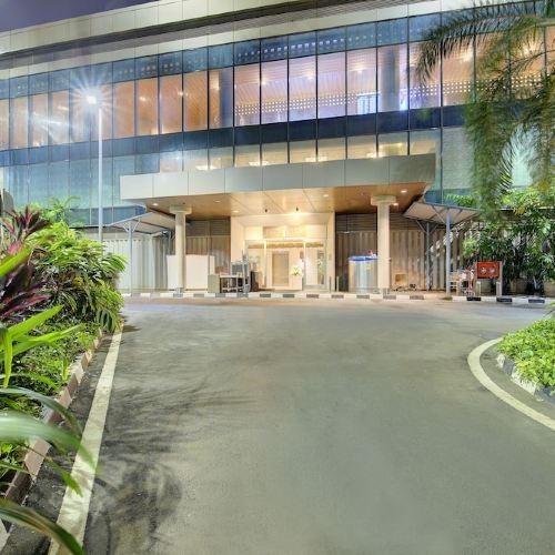 孟買機場尼蘭塔轉運站酒店