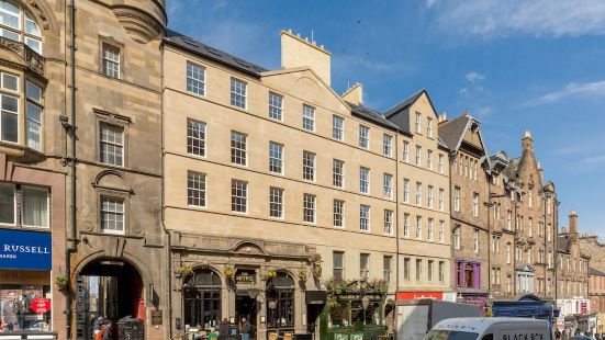 Destiny Scotland - Royal Mile Residence