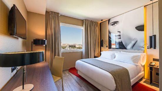 馬德里蘇西亞NH酒店