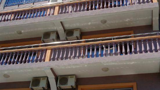 Apartments & Rooms Castello