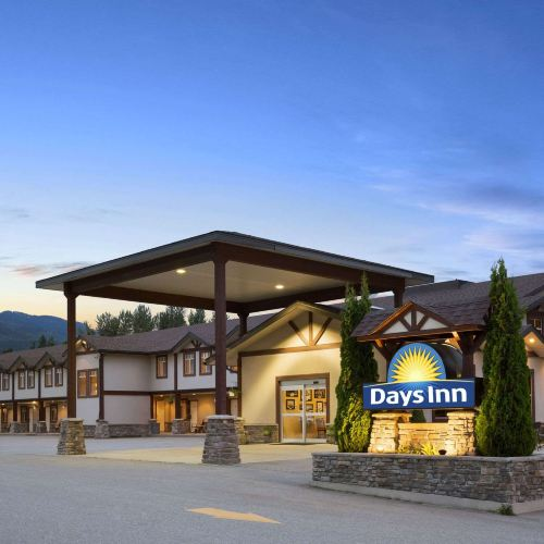 Days Inn & Suites by Wyndham Revelstoke