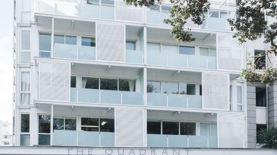 城鎮海景開放式公寓酒店