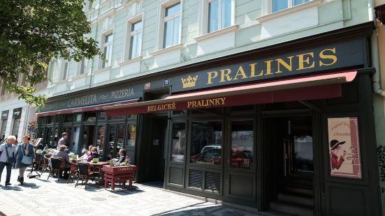 Prague Castle Apartments Pawlansky