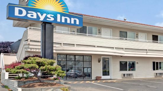 Days Inn by Wyndham Seattle North of Downtown