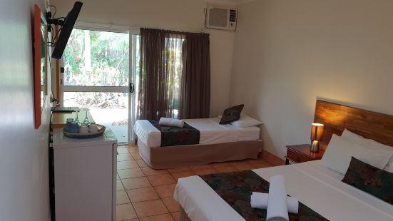 熱帶雨林汽車旅館