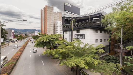 白金廣場阿因達 1236 號酒店